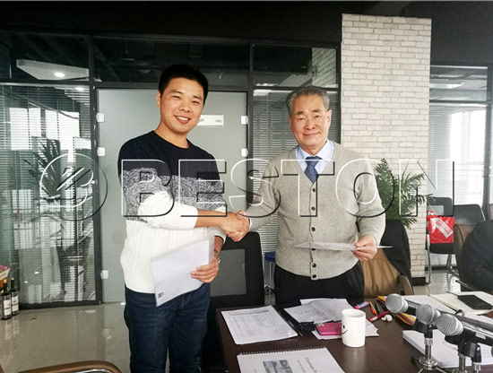 the customers from-south korea came to visit our company