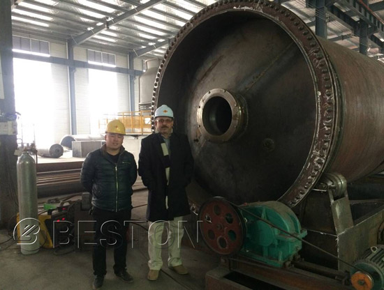 The Egyptian customer came to visit Beston pyrolysis plant